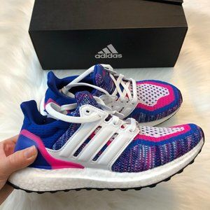 NWT Adidas Ultraboost Sneaker / Shoes Size 6 6.5 7
